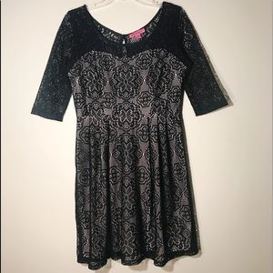 Betsy Johnson Black Lace with Nude Underlay | 12